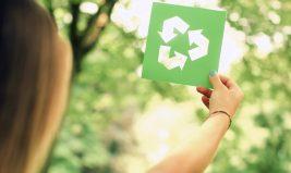 Le PET, un plastique écologique ?