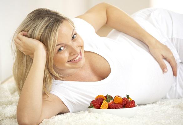 femme-enceinte-fruits