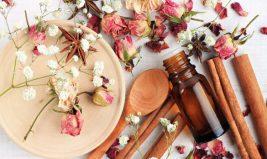 Les eaux florales : des trésors de la nature pour la beauté de votre peau
