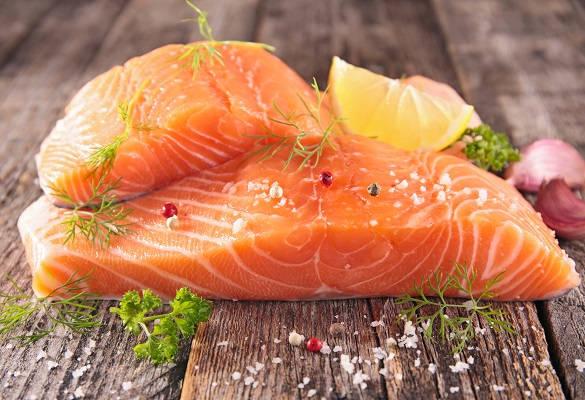 Zoom sur les vertus anti-inflammatoires des poissons gras