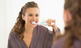 Des astuces naturelles pour lutter contre la mauvaise haleine