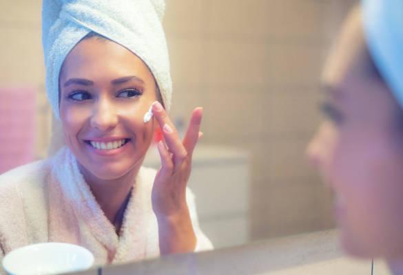 Port du masque : quelle routine de soin pour le visage ?