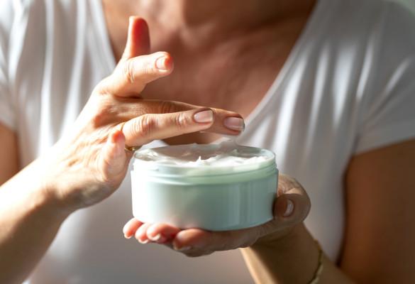 Comment prendre soin de la peau de ses seins ?